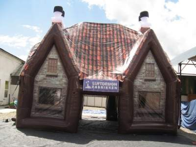 Oppblåsbar pub til leie Pub 1