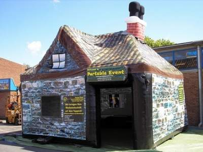 Oppblåsbar pub Bar1