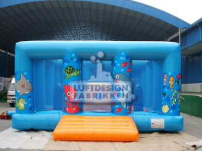 Thu1895e258 Image00003hoppeslott Hopp og lek Den store blå LDF 247