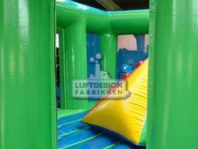 Thu1bfbae73 Image00004hoppeslott Hopp og lek Den store grønne LDF 249
