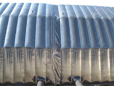 Sammenkobling av 2 moduler til stort telt fra utsiden, oppbasbart byggtelt 12