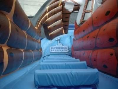 hoppeslott sklie Den lille sjørøverskuta LDF 481