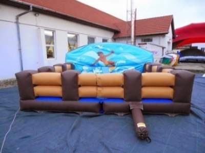 Oppblasbare spill surf simulator og rodeo okse 2 i 1 ldf 2355 1