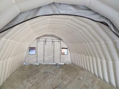 Pic6d979fabyggeplass med telt over betong
