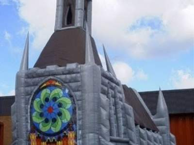 Pice11be7e Inflatable Church AQ510 2