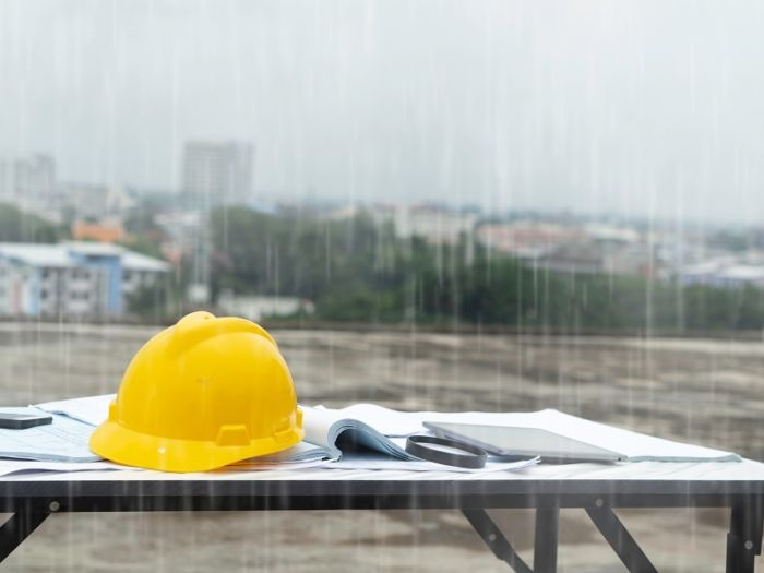 Regn på byggeplass