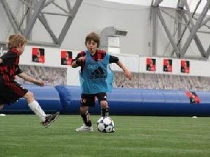 Hvordan fungerer en oppblåsbar 3'er fotballbane